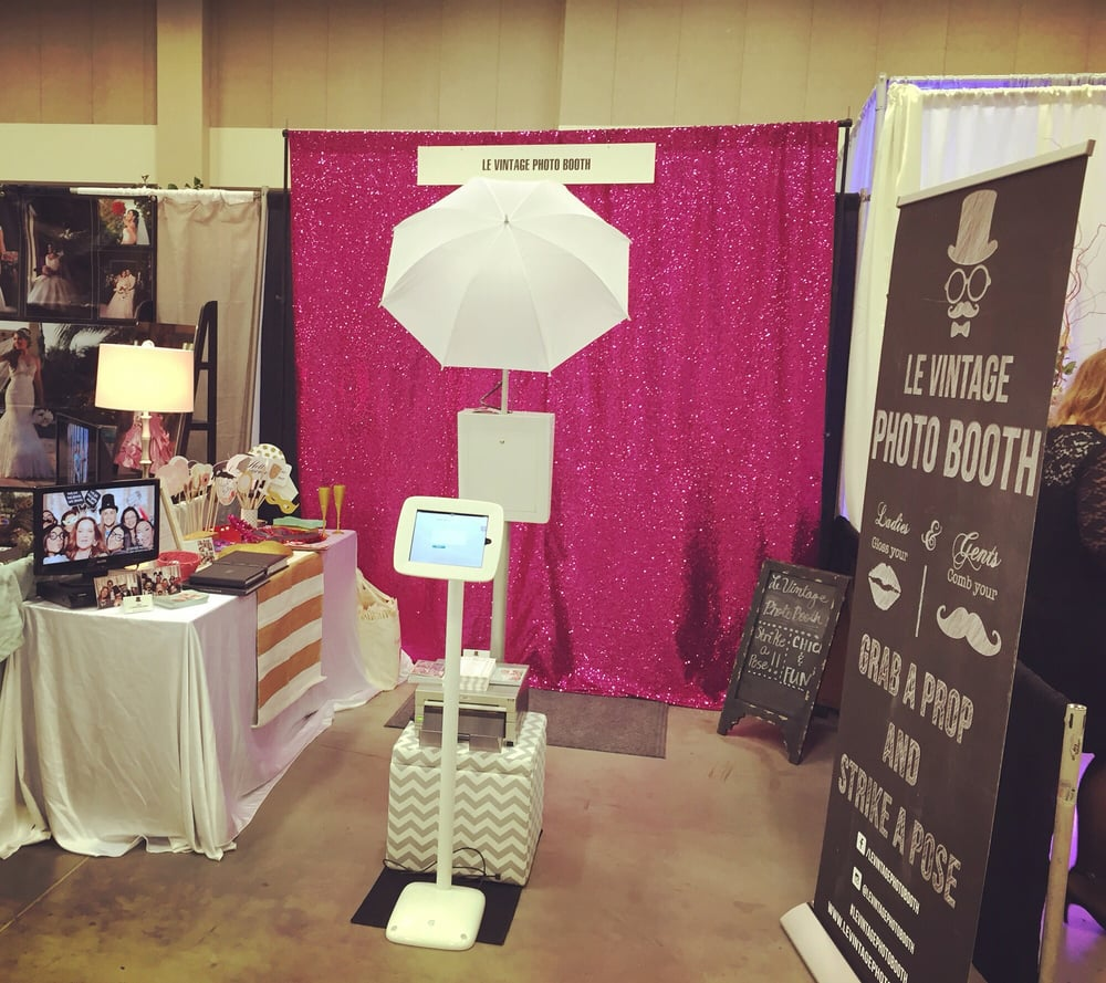 Photo Booth Hire - Snapple Photo Booths, Photo Booth