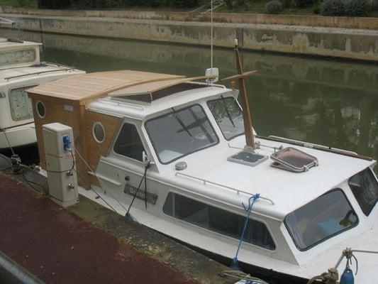 Location bateau narbonne sur le canal de la robine location de vacances quai valli re - V and b narbonne ...