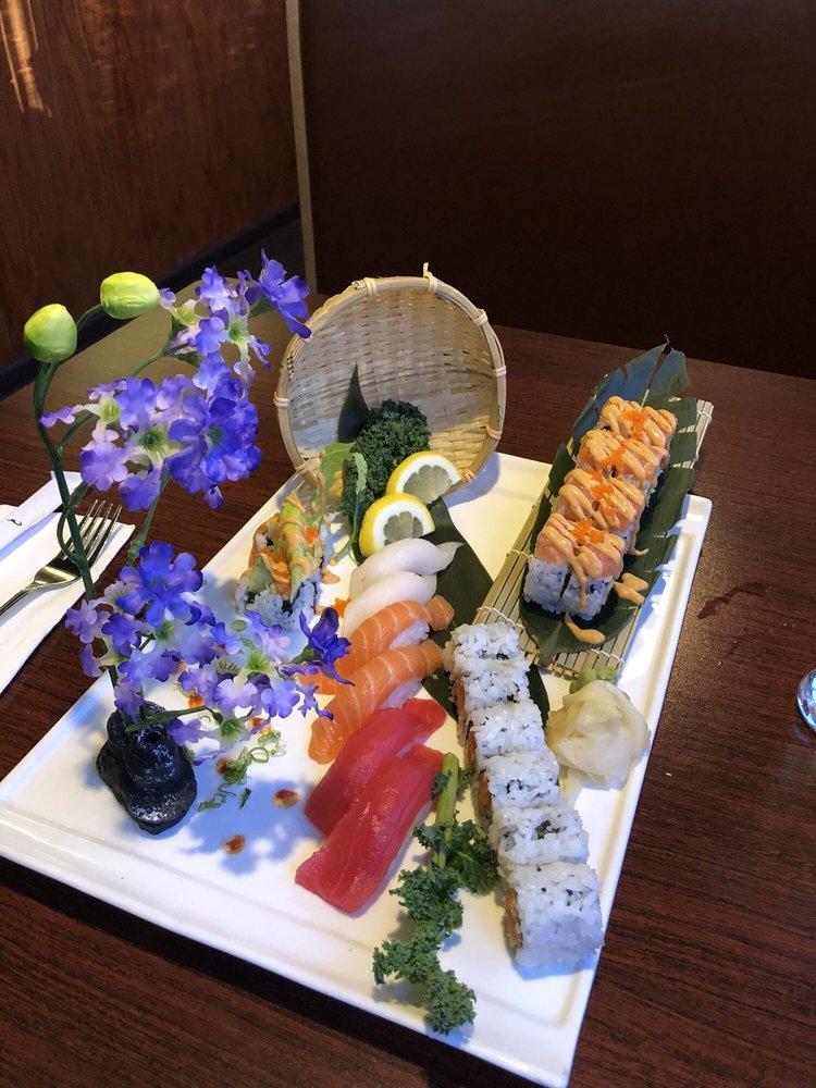Tokyo Sushi And Steak House: 908 Washington St, Manitowoc, WI