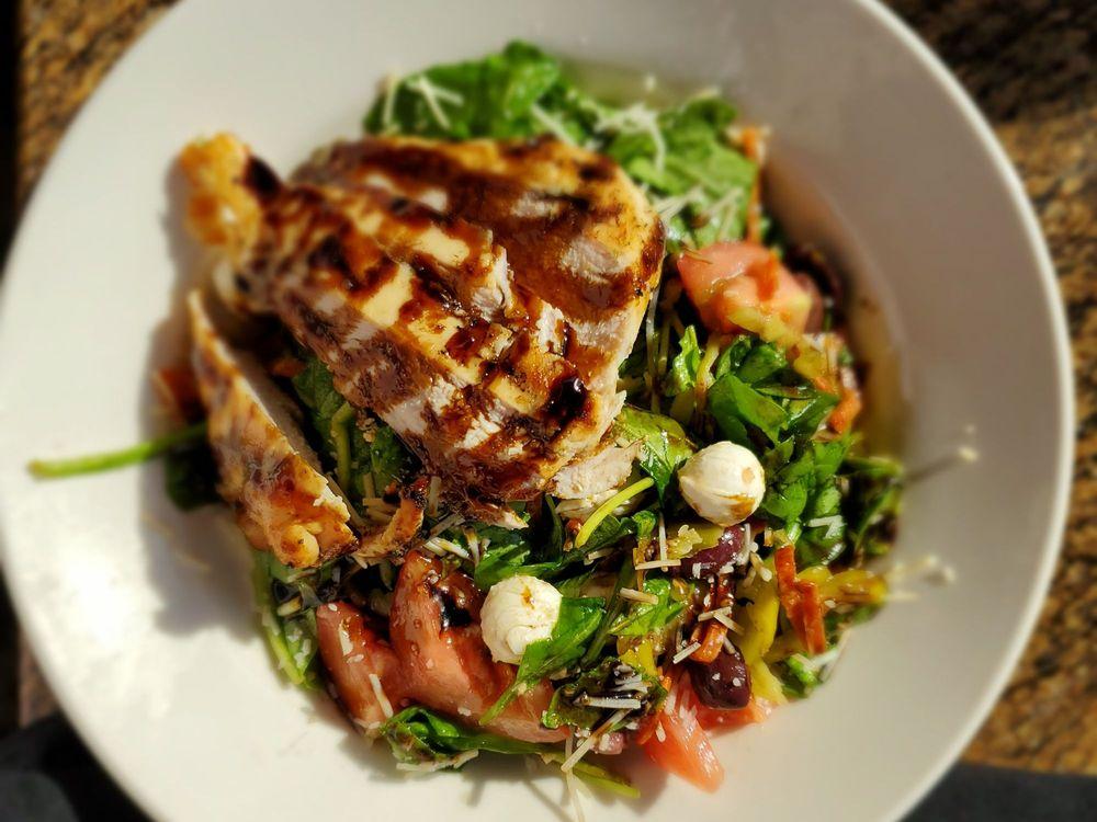 BJ's Restaurant & Brewhouse: 30208 Haun Rd, Menifee, CA