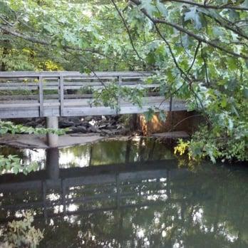 Flat Rock Brook Nature Center Englewood Nj