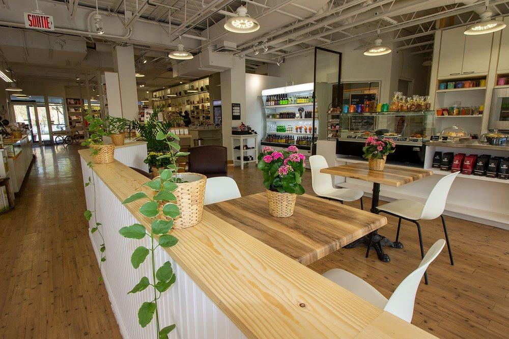 Photo de Andrea Jourdan la Boutique - Montréal, QC, Canada. Notre nouvel espace café !