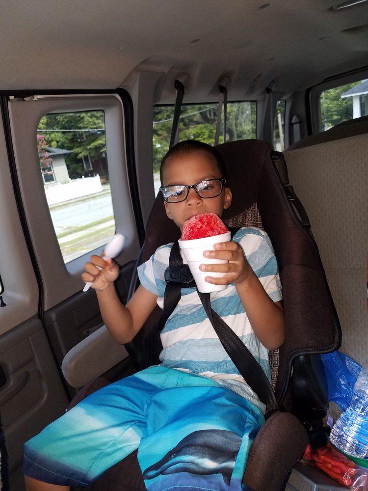 Kiyah's Snowballz: 520 Summit Ave, Greensboro, NC