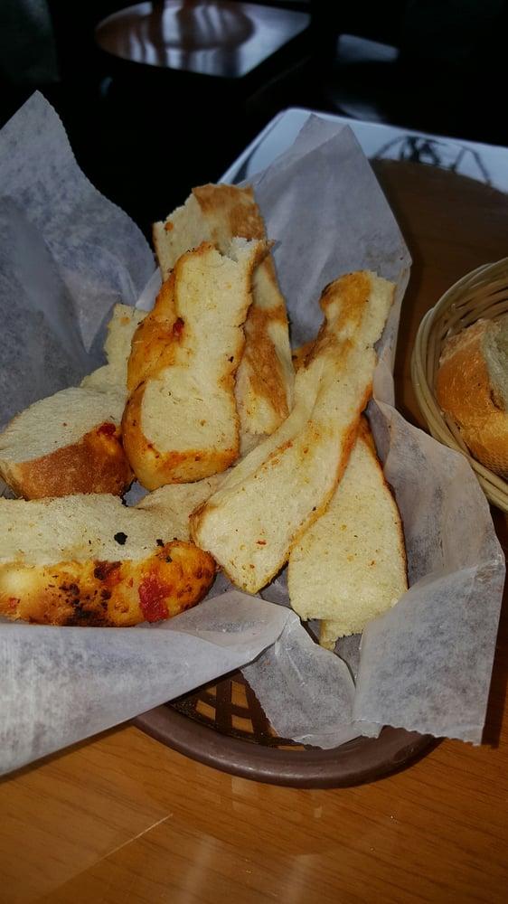 Peppino S Italian Restaurant: Focacia Bread That Is Perfectly Crisp