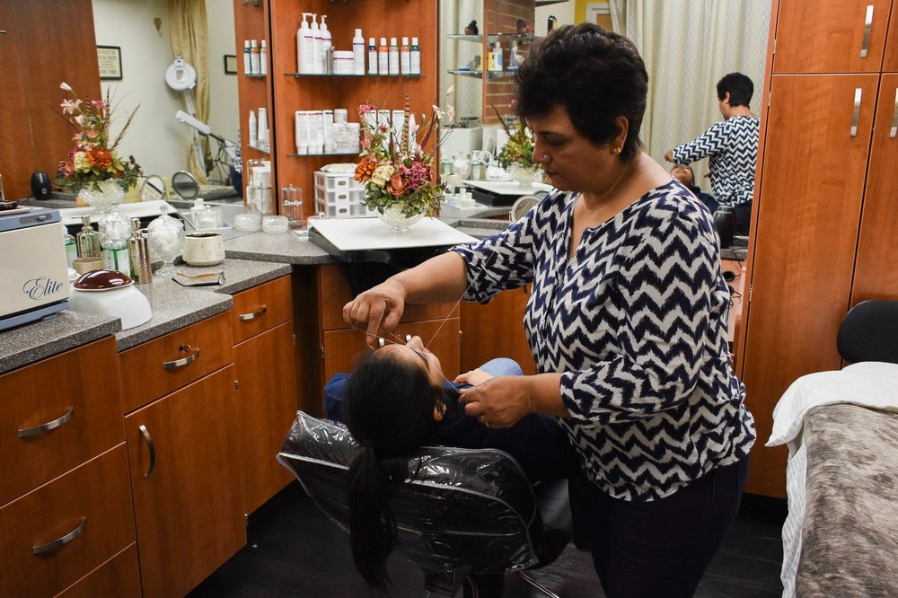 Nafees Brows & Beauty Salon: 9827 NE 120th Pl, Kirkland, WA