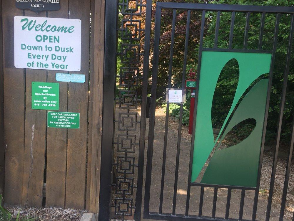 Lendonwood Gardens: 1310 W 13th St, Grove, OK