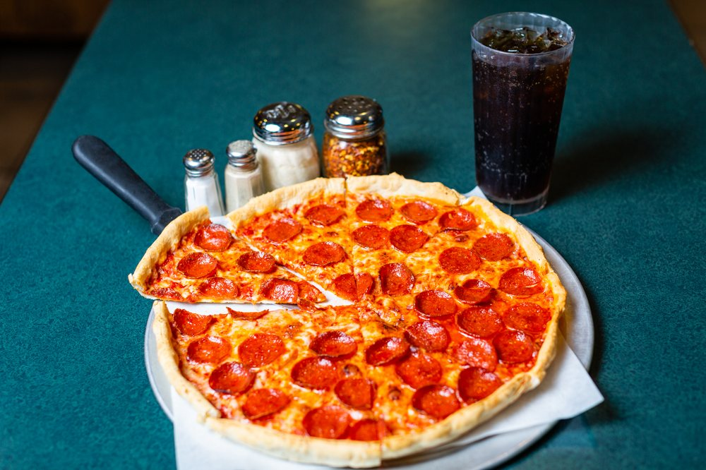 Pizza Inn - Pickens: 502 Ann St, Pickens, SC