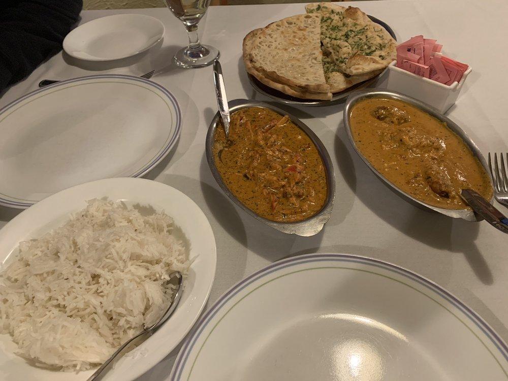 Tandoor India Restaurant: 8702 Market Place Ln, Cincinnati, OH