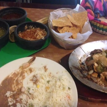 Photo Of Los Molcajetes Mexican Restaurant Norwalk Ct United States The En