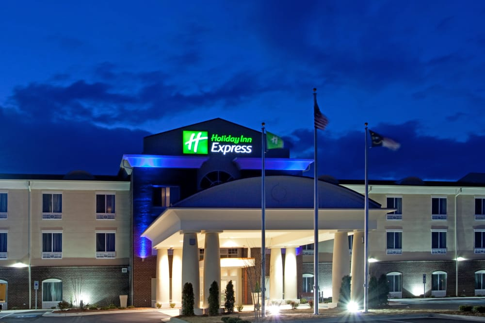 Holiday Inn Express - Pembroke: 605 Redmond Rd, Pembroke, NC