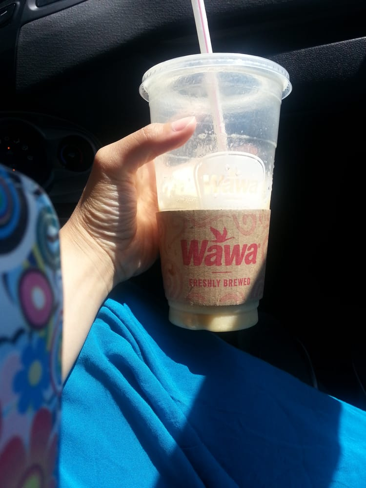 Wawa Fruit Shakes Are Awesome 3 50 For The Large 24 Oz