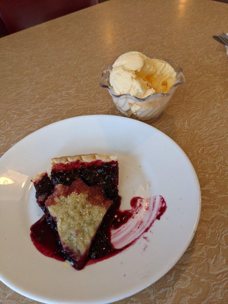 Park Cafe: 3147 Hwy 89, Saint Mary, MT