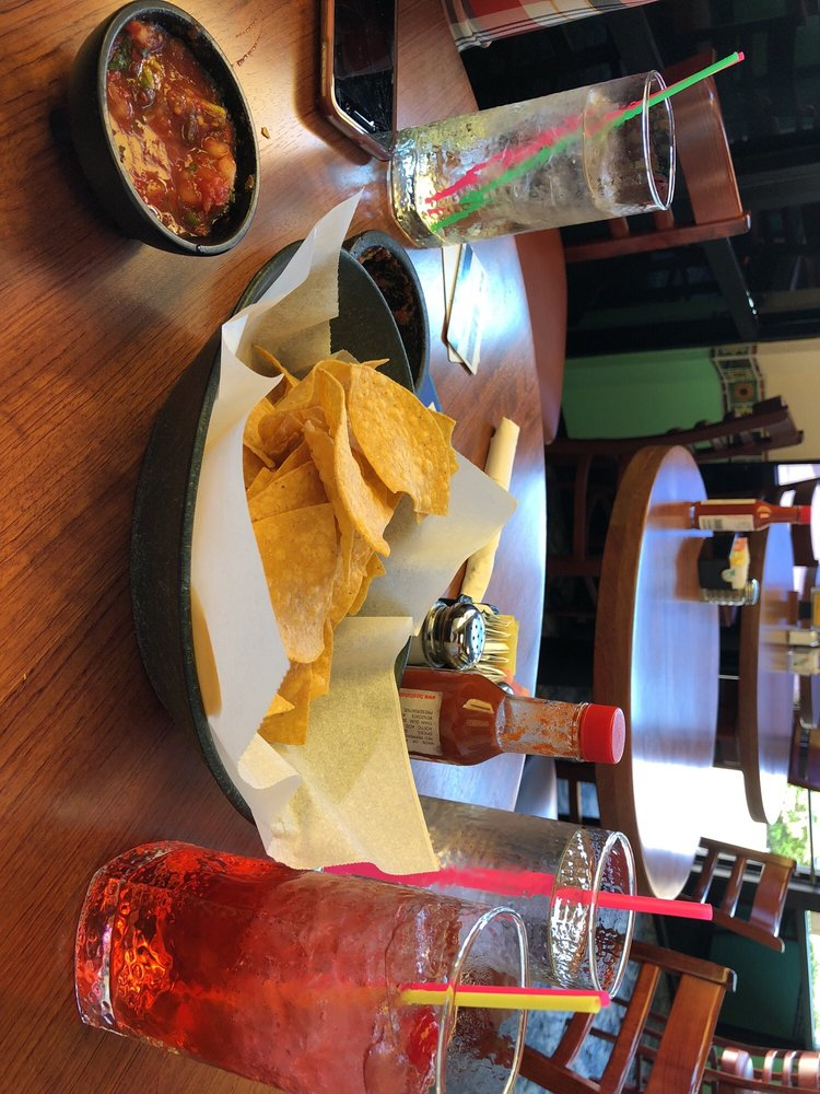 Ixtapa Family Mexican Resturant: 24965 Hwy 126, Veneta, OR