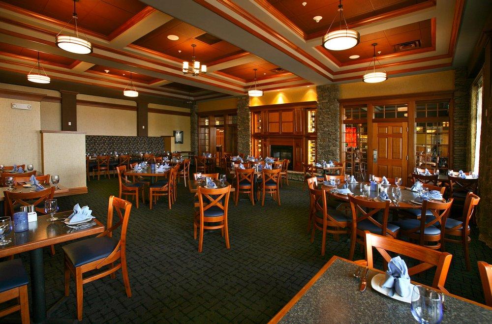 Watkins Glen Harbor Hotel: 16 N Franklin St, Watkins Glen, NY