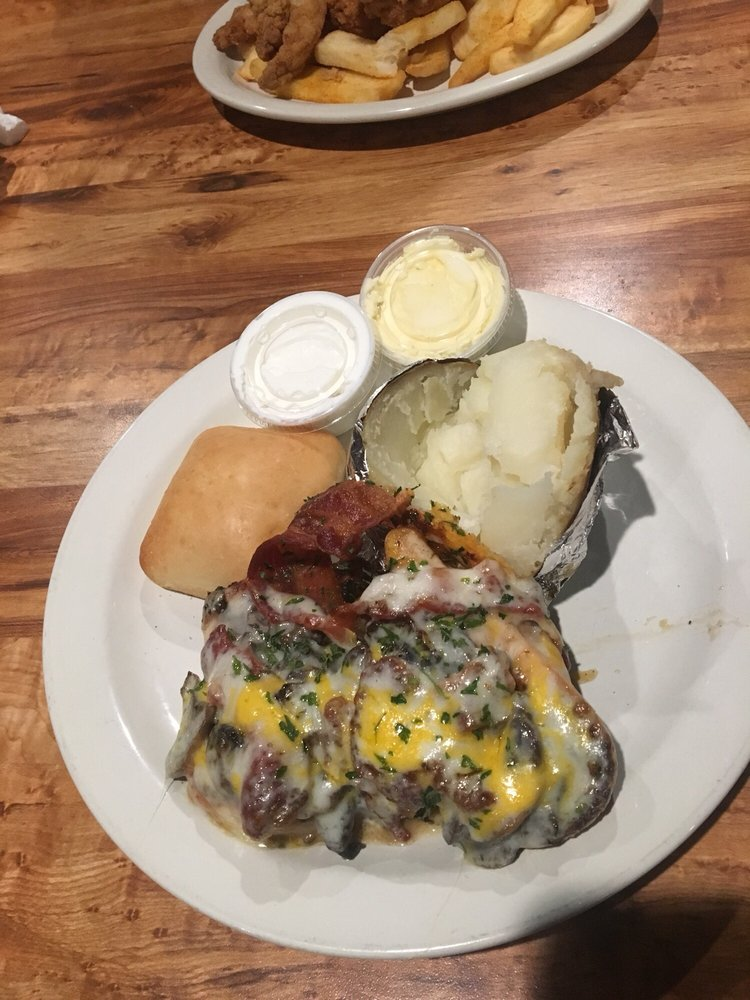 Carter's Steak and Seafood: 8350 Hwy 9, Inman, SC