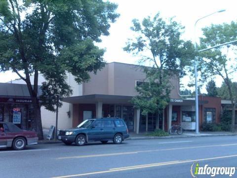 Barks & Bubbles: 900 E Malone Ave, Sikeston, MO