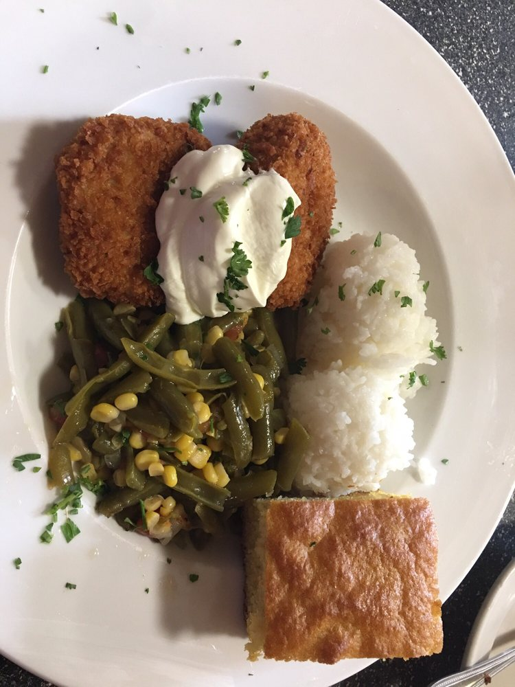 Grits and Groceries: 2440 Due W Hwy, Belton, SC