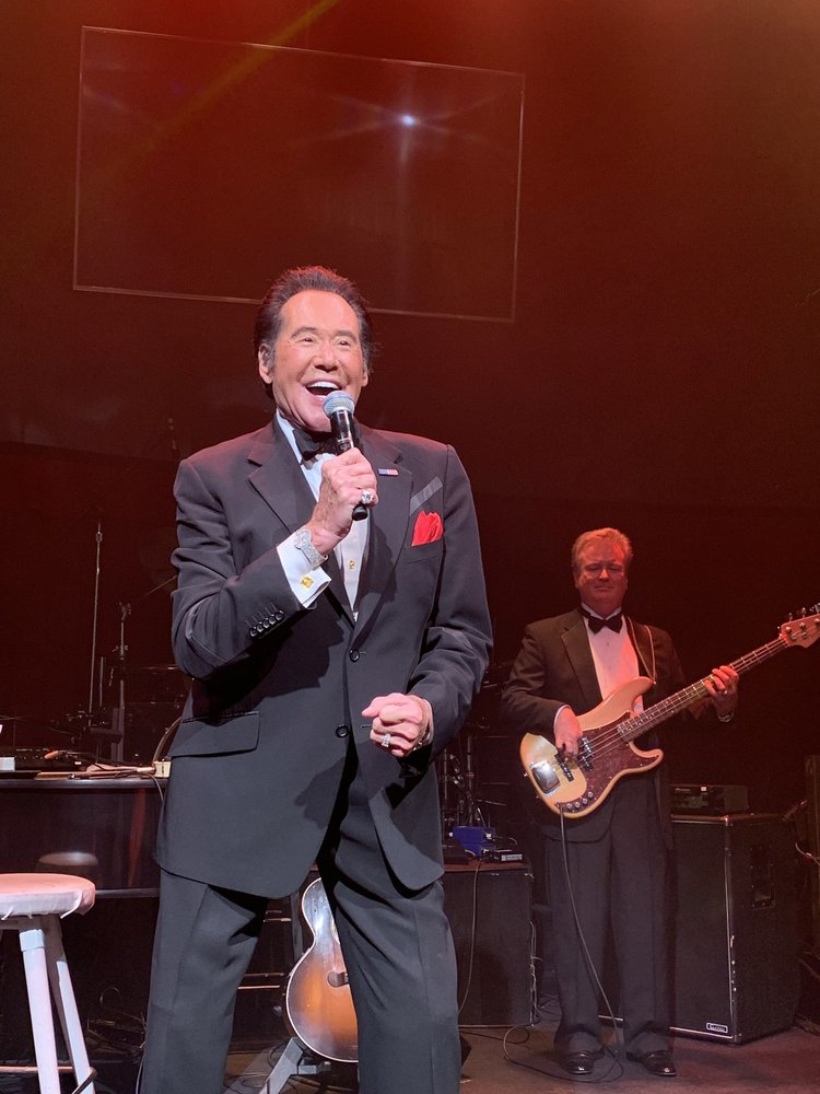 Wayne Newton Up Close and Personal