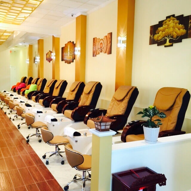 Photos for Lux Nails & Spa - Yelp