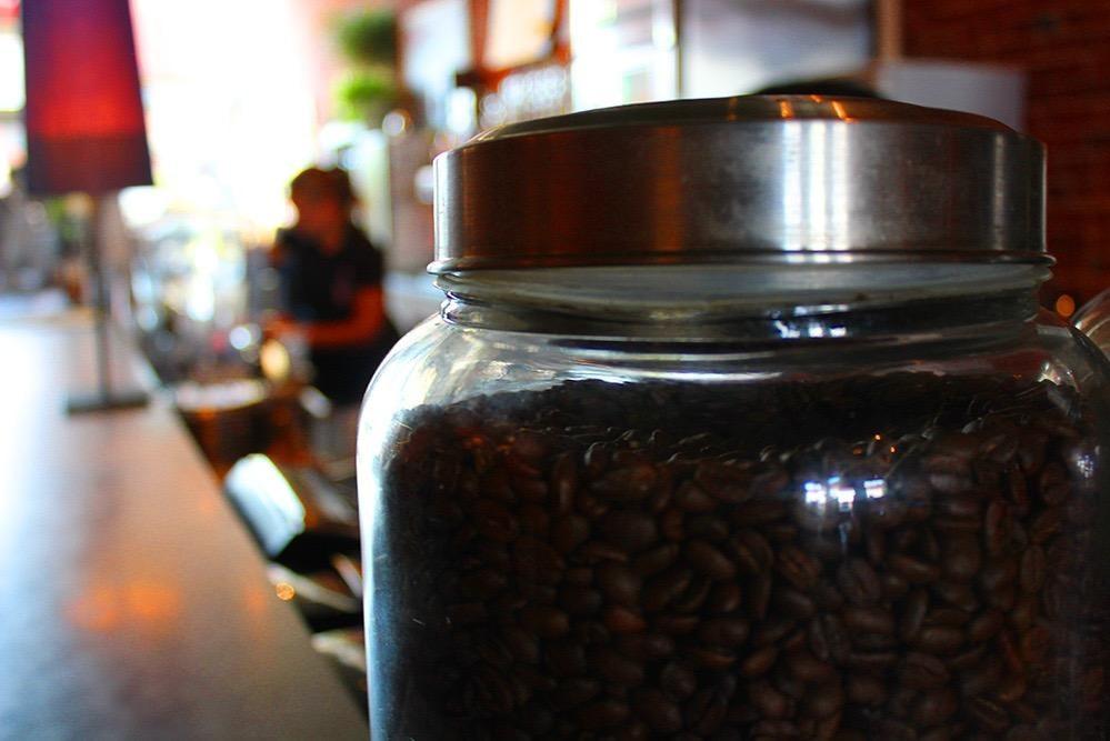 Harbor Perk Coffeehouse & Roasting Company: 1003 Bridge St, Ashtabula, OH