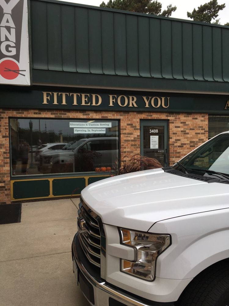 Fitted For You: 3408 Hwy 101 S, Minneapolis, MN