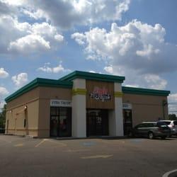 Baja west coast kitchen 67 photos 67 reviews pizza for Table 6 kitchen canton ohio
