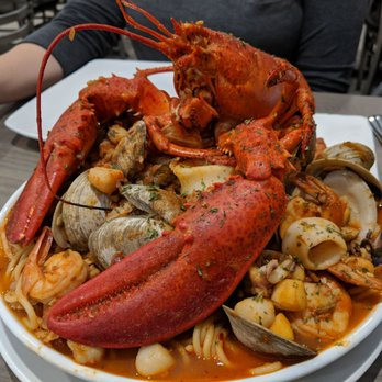 Photo Of Jimmy S Port Side Restaurant Narragansett Ri United States Spaghetti Fra