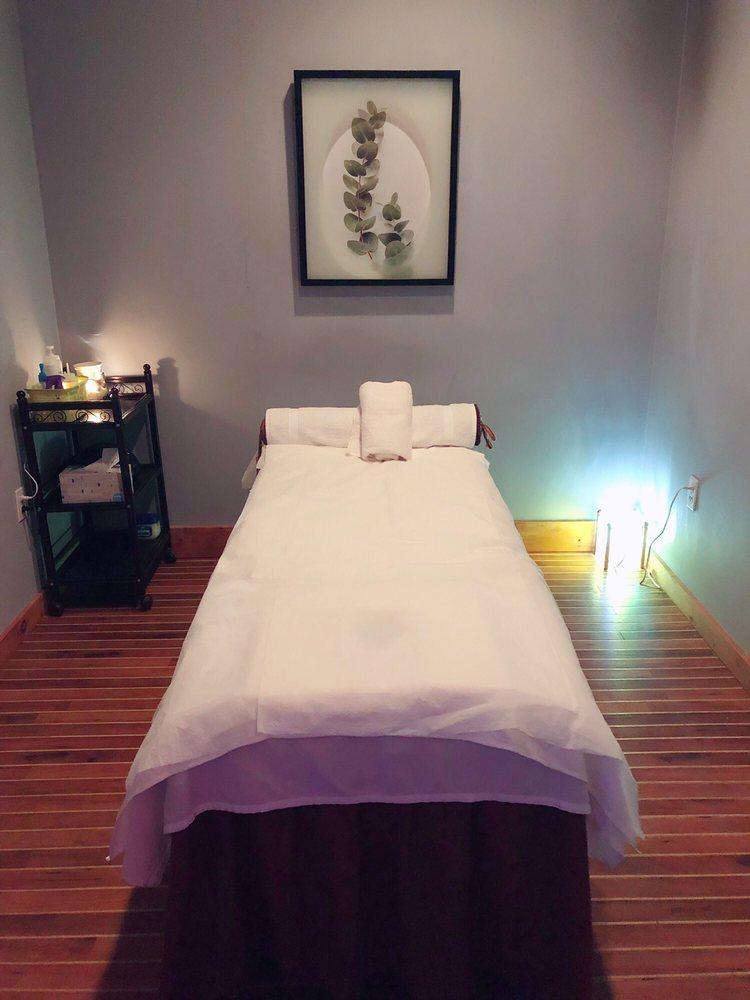 Rainbow Asian Massage: 1381 Boston Post Rd, Old Saybrook, CT