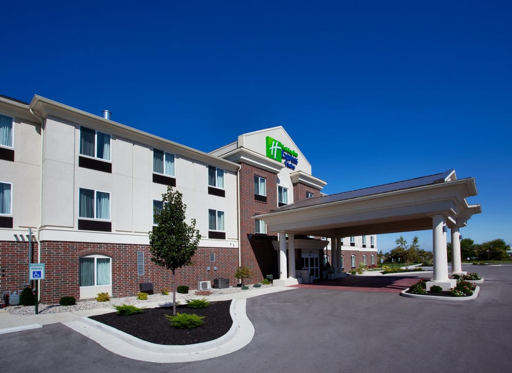 Holiday Inn Express & Suites Portland: 100 Holiday Dr, Portland, IN