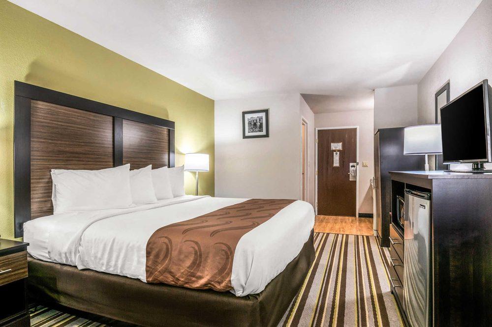 Quality Inn 38 Photos Hotels