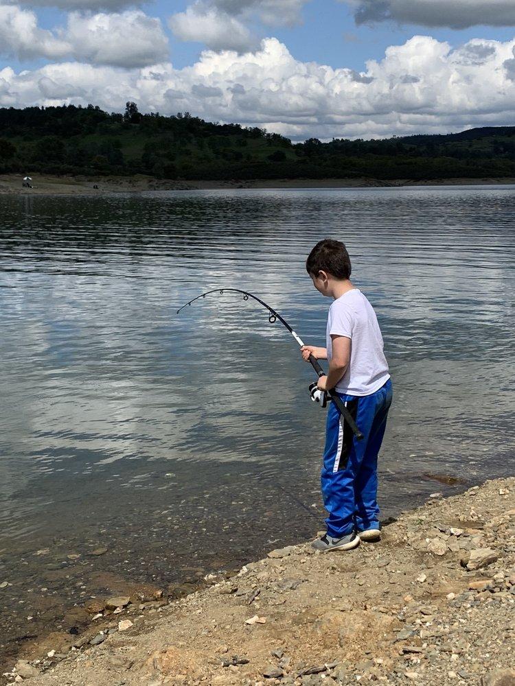 Lake Amador: Amador Dr, Ione, CA