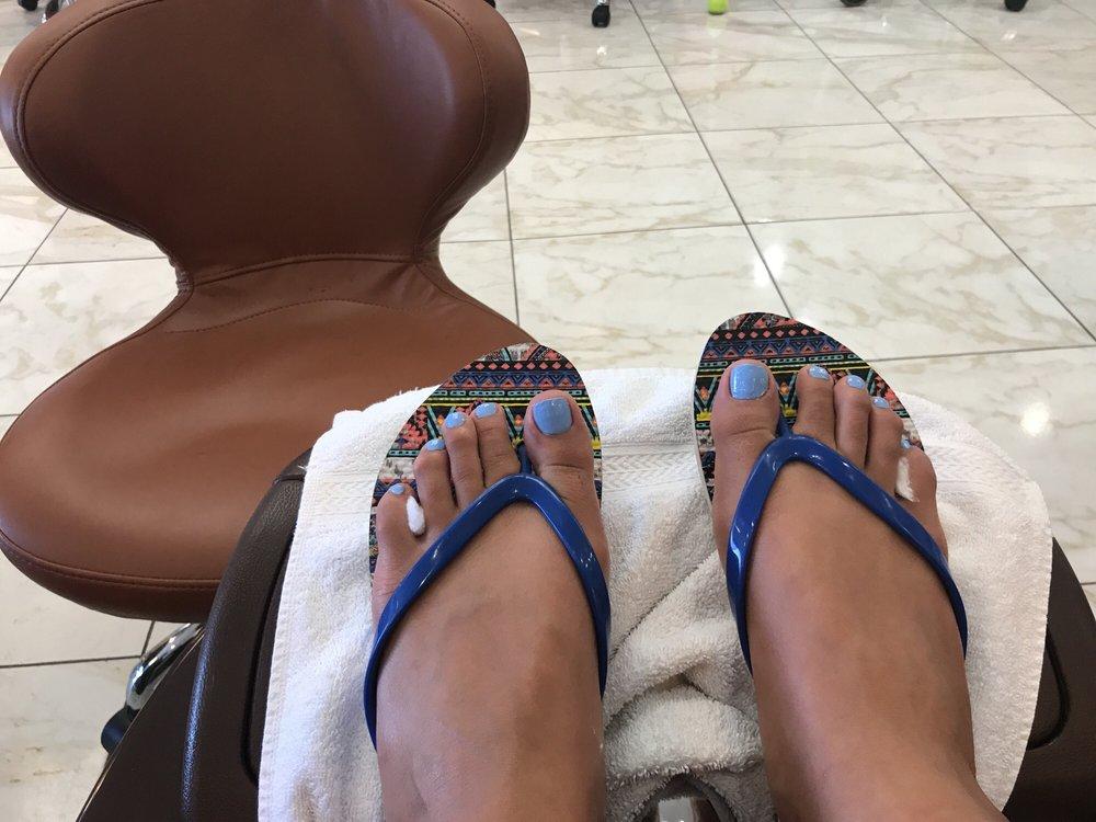 AZ Nails & Wax: 3360 S McClintock Dr, Tempe, AZ