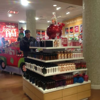 When Do Candles Go On Sale At Bath And Body Works