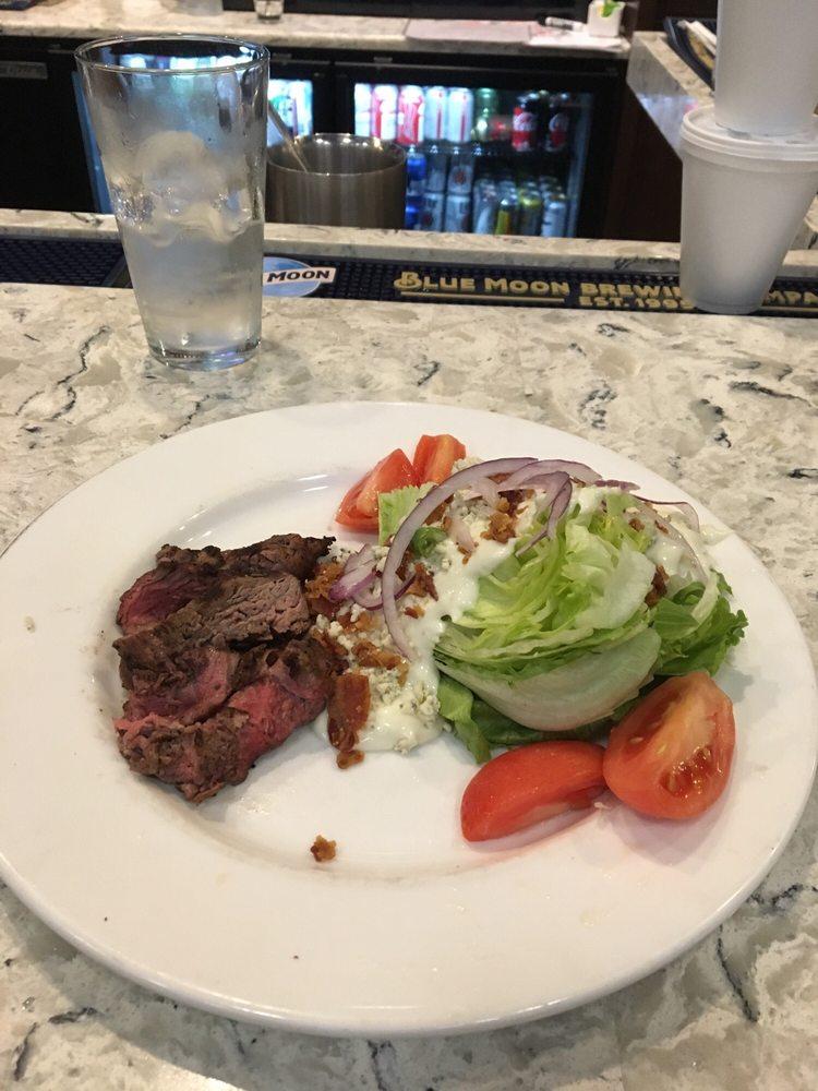 Eagle Landing Bar & Grill: 3989 Eagle Landing Pkwy, Orange Park, FL