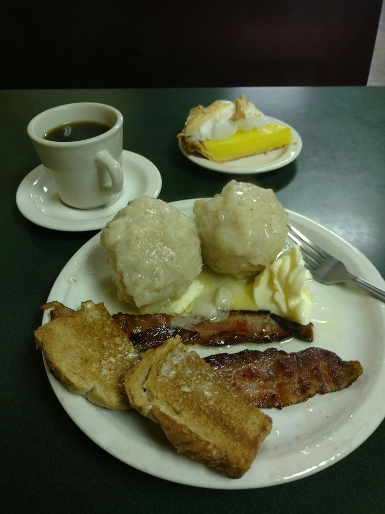Nelson's Cafe: 104 Main Ave N, Roseau, MN