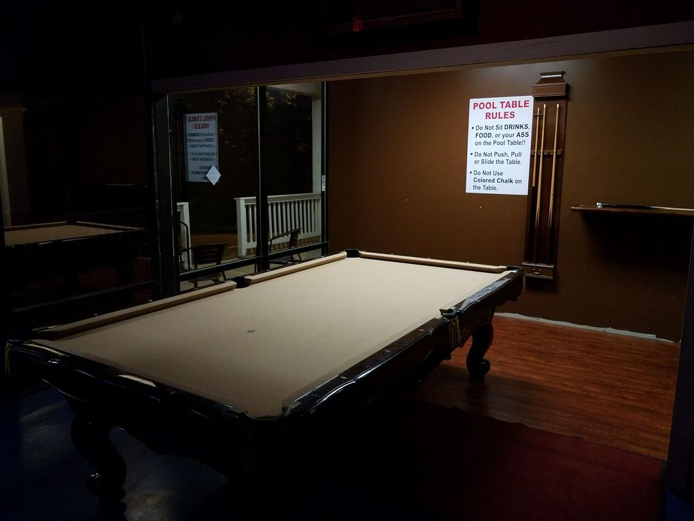 Superieur Photo Of Doghouse Bar And Grill   Charlotte, NC, United States. Pool Table