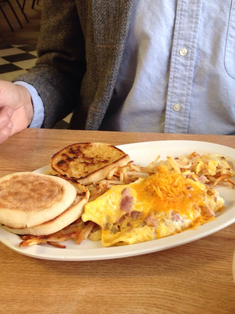 Photo Of Country Kitchen Restaurant Ponca City Ok United States Bacon Omelet
