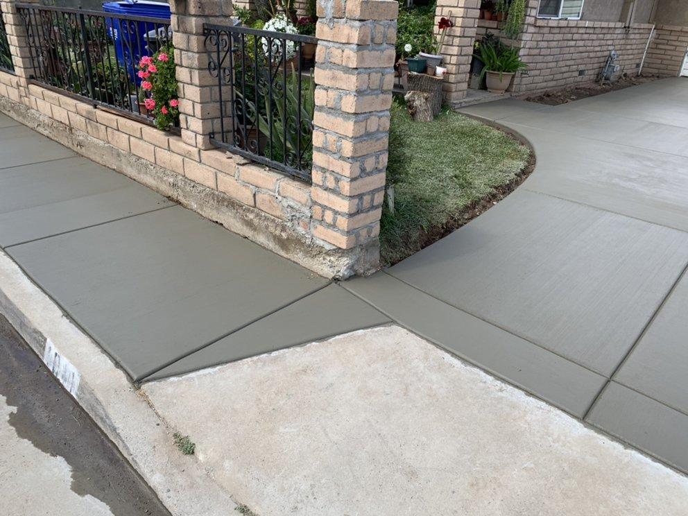 Sal's Concrete: 627 Rebeca Ave, Sanger, CA