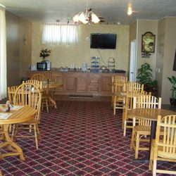 Yelp Reviews for Lake Erie Lodge - (New) Hotels - 1015 Peninsula Dr