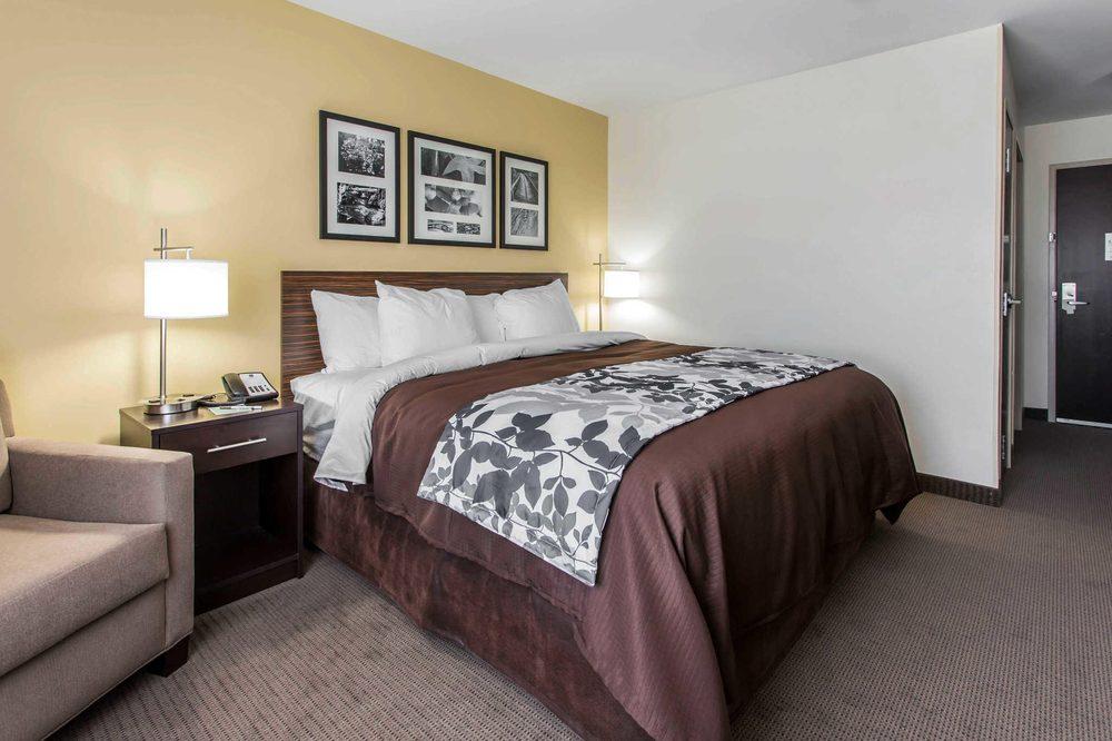 Photo of Sleep Inn & Suites University: Lincoln, NE