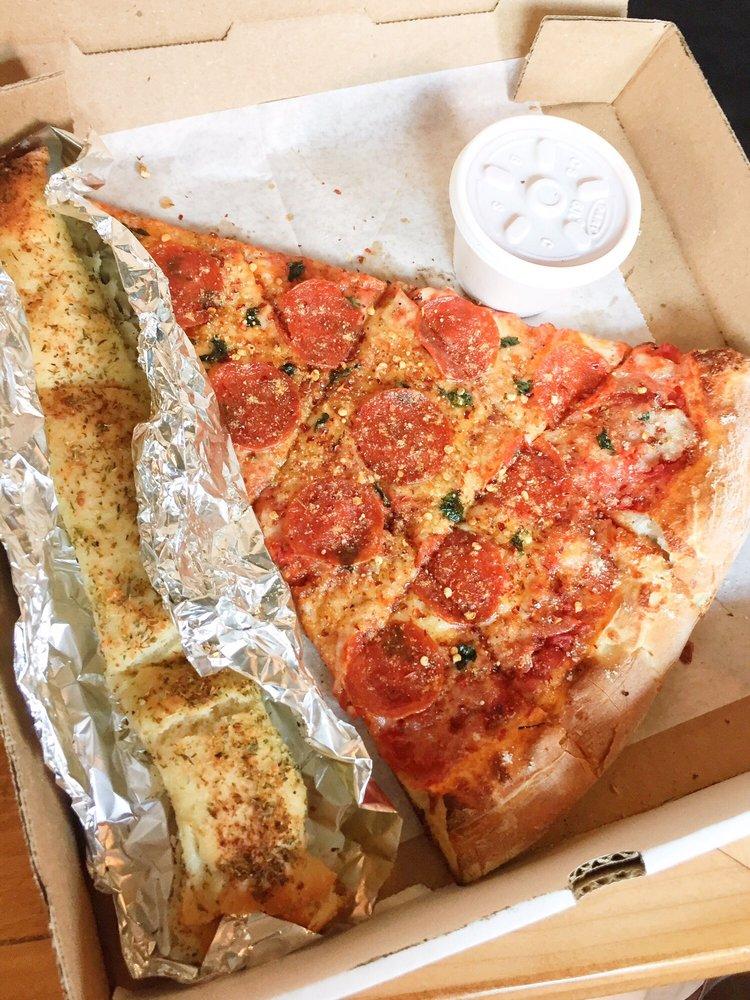 Papa Keno's Pizzeria: 837 Massachusetts St, Lawrence, KS