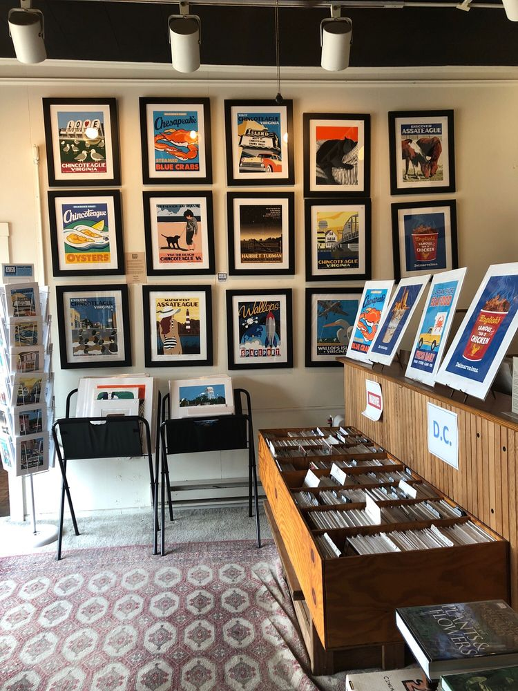 Sundial Books: 4065 Main St, Chincoteague Island, VA