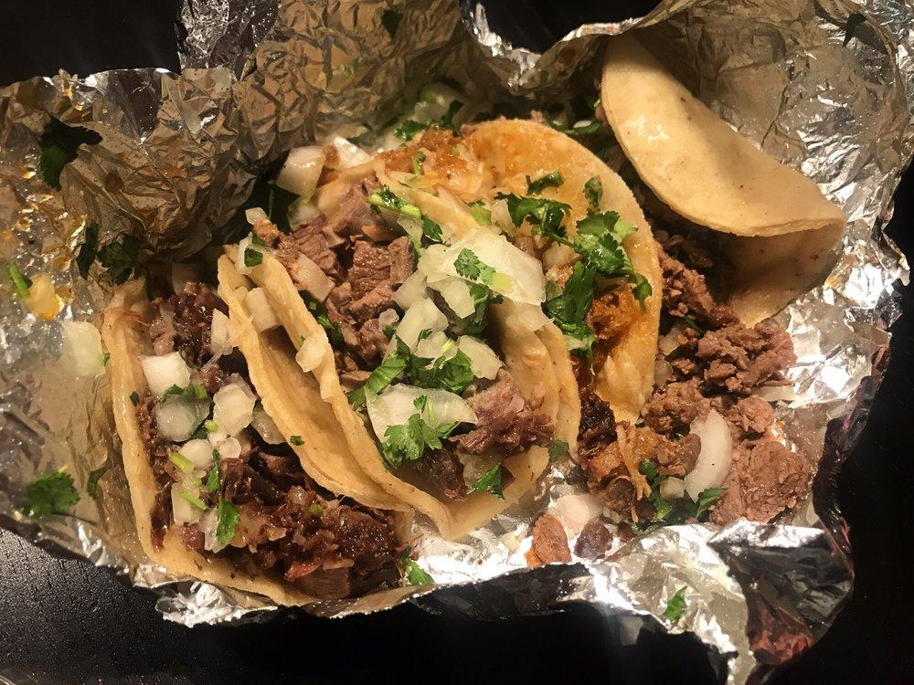 Food from Los California Tacos