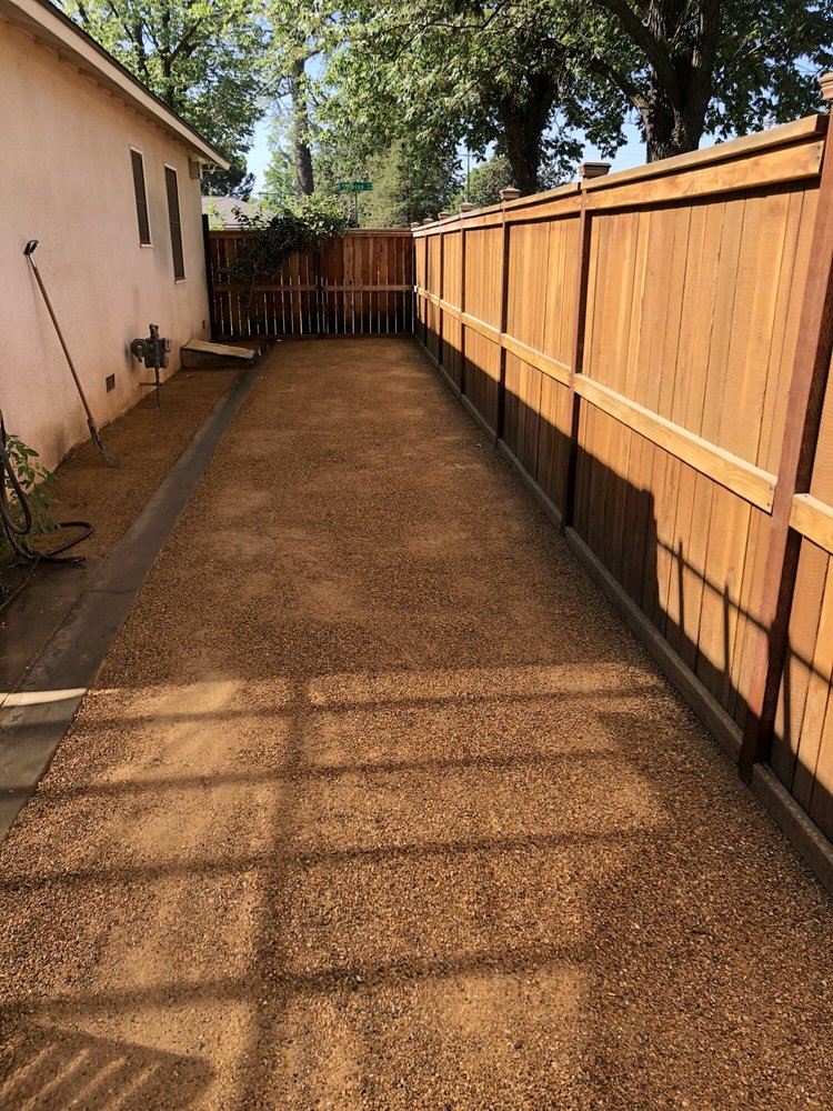 Sanchez yard maintenance: 2228 West Magnolia Ave, Caruthers, CA