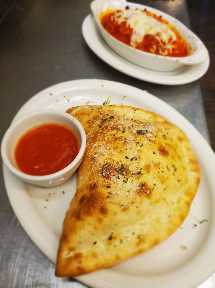 Calabria Italian Restaurant: 725 S 6th St, Nebraska City, NE