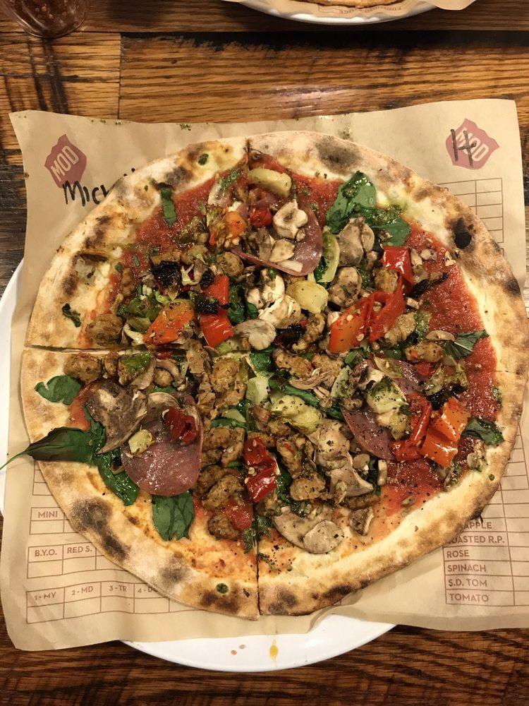 MOD Pizza: 300 Route 73 S, Marlton, NJ