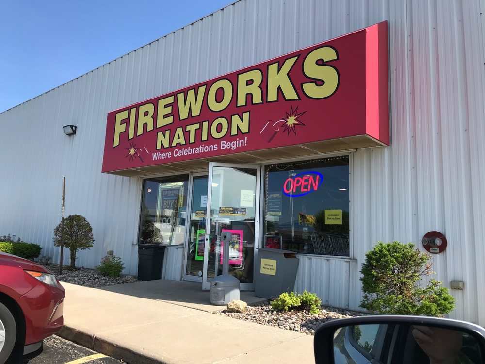 Fireworks Nation: 350 East Ave, Lomira, WI