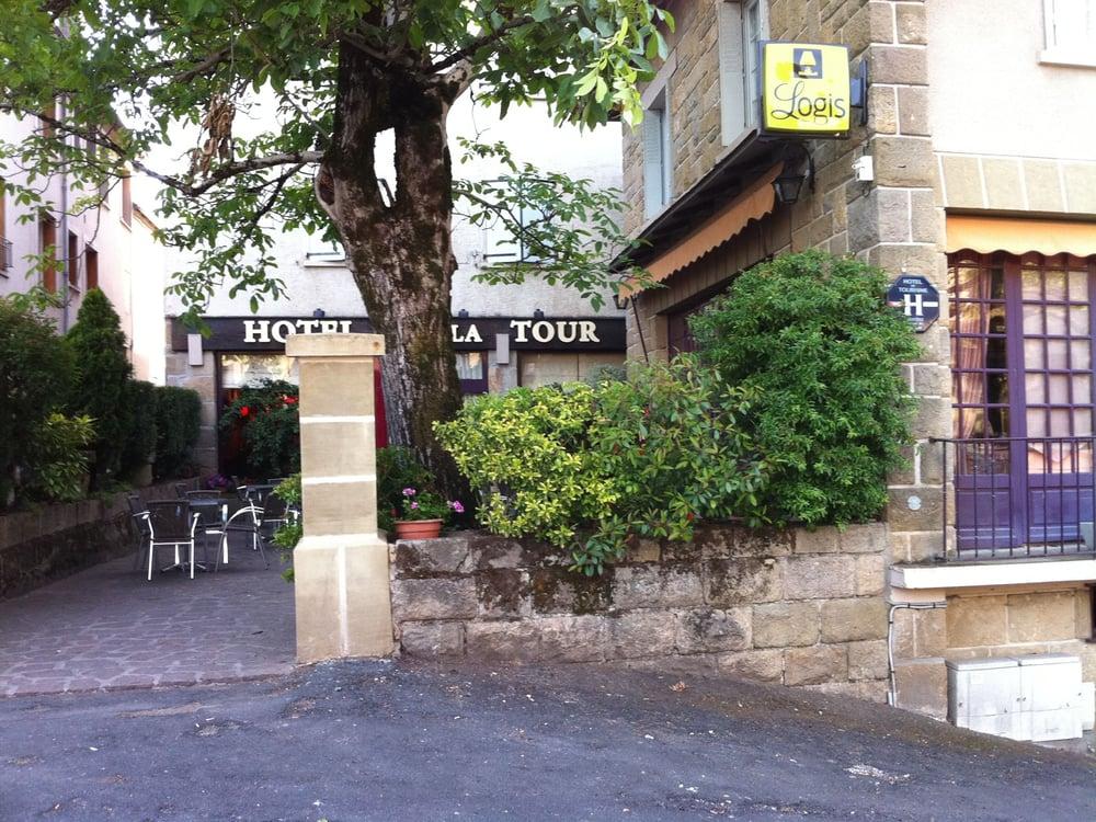 Hôtel Restaurant de la Tour: Place de l'Église, Aubazines, 19