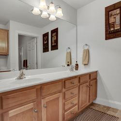 Photo Of Graham Hill Apartments Mechanicsburg Pa United States Bathroom At