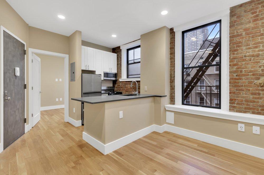 Cooper & Cooper Real Estate